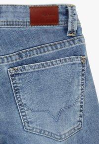 Pepe Jeans - TRACKER - Denim shorts - light blue - 3