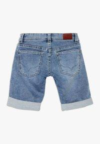 Pepe Jeans - TRACKER - Denim shorts - light blue - 1