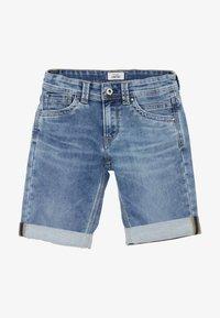 Pepe Jeans - TRACKER - Denim shorts - light blue - 2