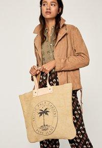 Pepe Jeans - NURIA BAG - Tote bag - natural - 1