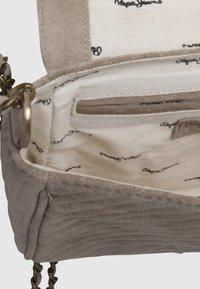 Pepe Jeans - POLONIA - Torba na ramię - grain beige - 4