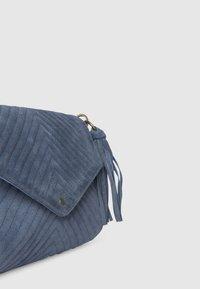 Pepe Jeans - POLONIA - Torba na ramię - pale blue - 5