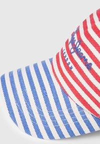 Pepe Jeans - Czapka z daszkiem - red - 4