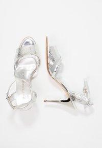 Peter Kaiser - TERRI - High heeled sandals - silber hurdle chio - 3