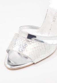 Peter Kaiser - TERRI - High heeled sandals - silber hurdle chio - 2