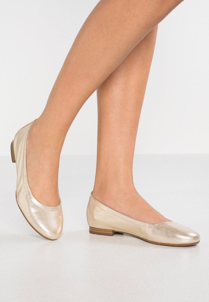 Peter Kaiser - BELISA - Ballet pumps - platin glem