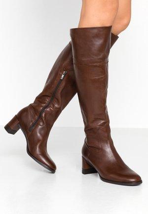 LEANN - Boots - nuba evenly