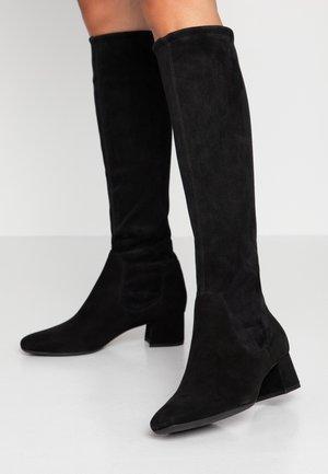 TOMKE - Boots - schwarz