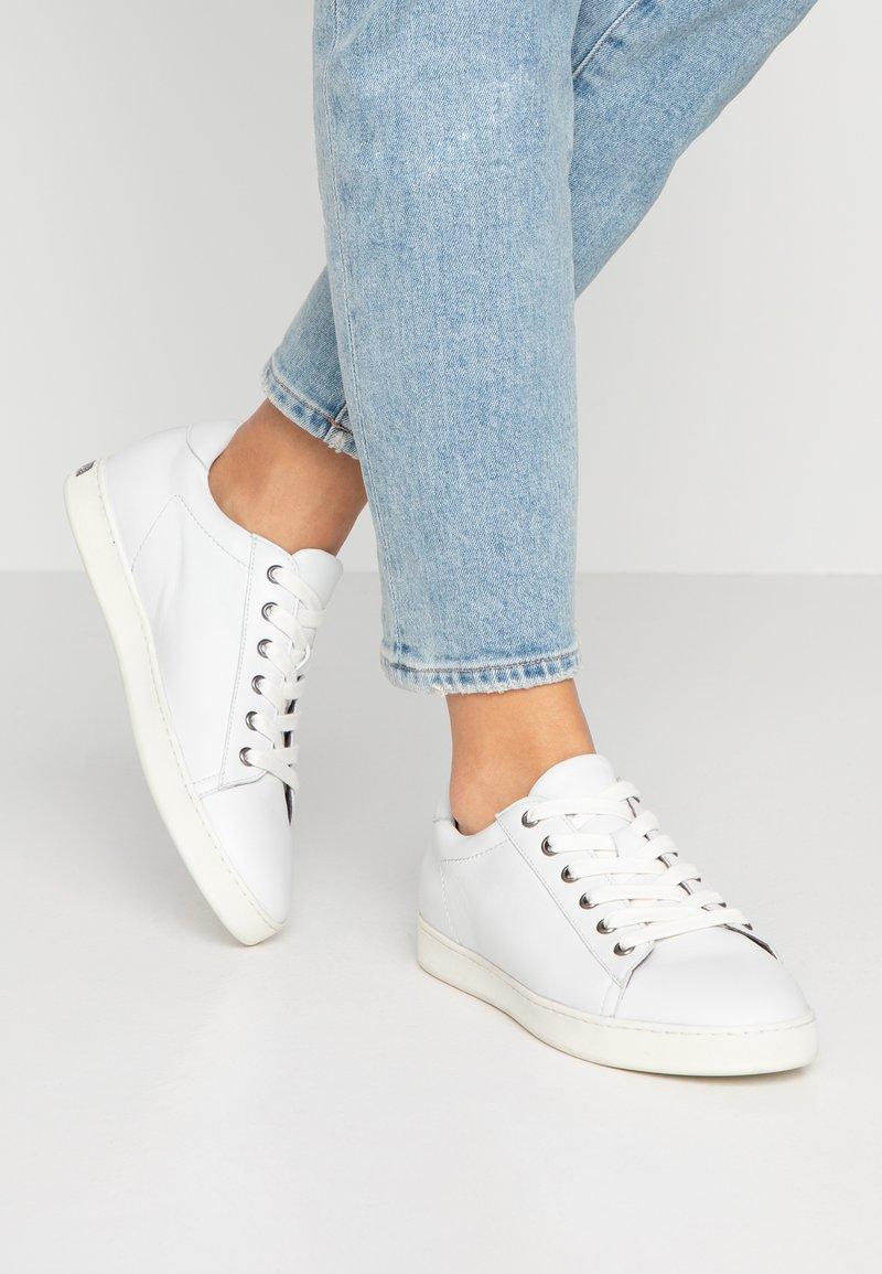Peter Kaiser - SALI - Sneakers - weiß