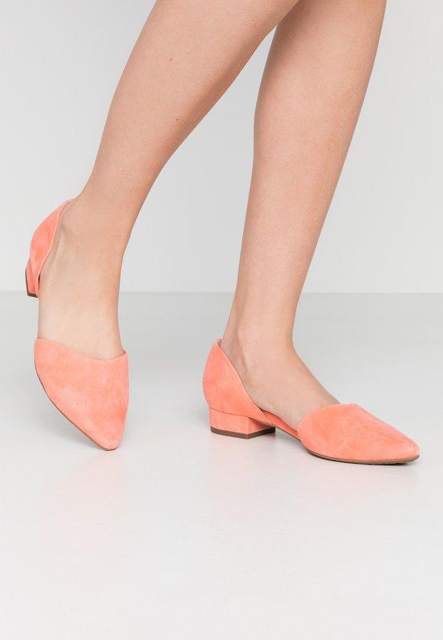 Ballerina - coralle