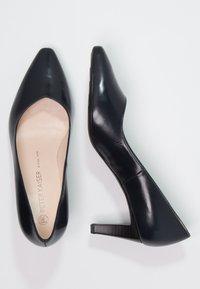 Peter Kaiser - MANI - Classic heels - navy/chevro - 2