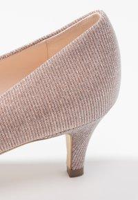 Peter Kaiser - CALLAE - Classic heels - powder shimmer - 2