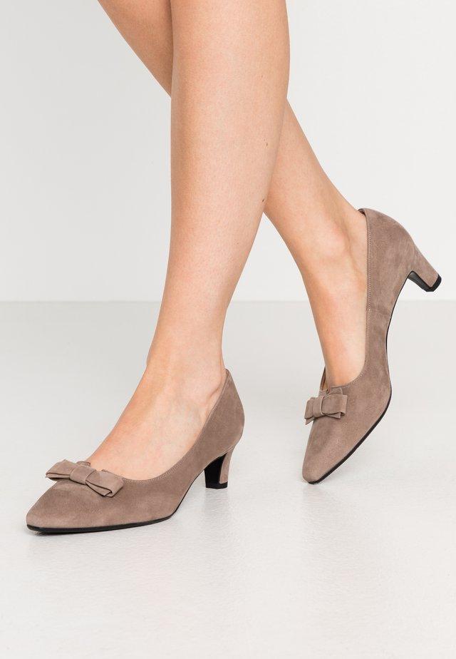 SILNA - Classic heels - sand
