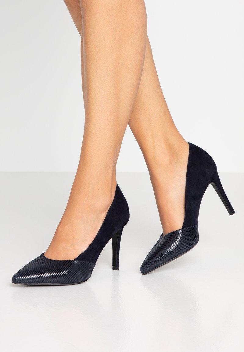 Peter Kaiser - DAGMARI - High heels - navy