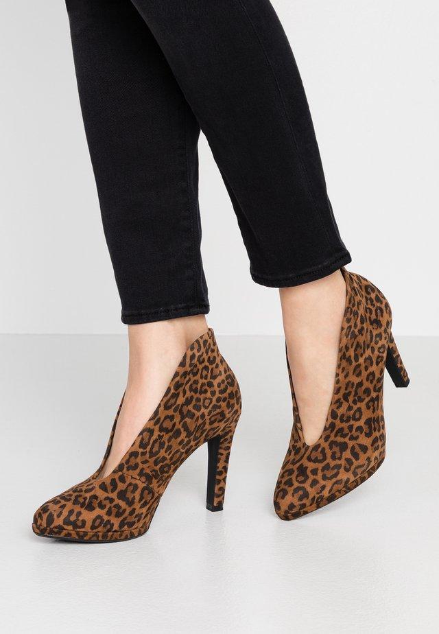 HALEY - Kotníková obuv na vysokém podpatku - cognac