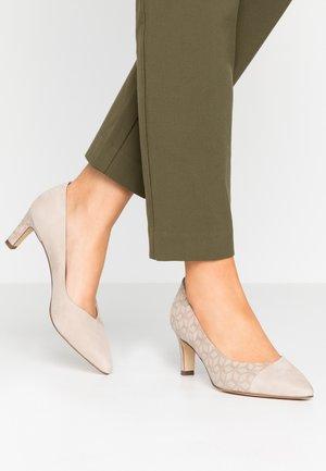 MAIKE - Classic heels - sand