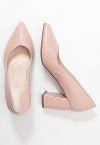 Peter Kaiser - Classic heels - powder - 3