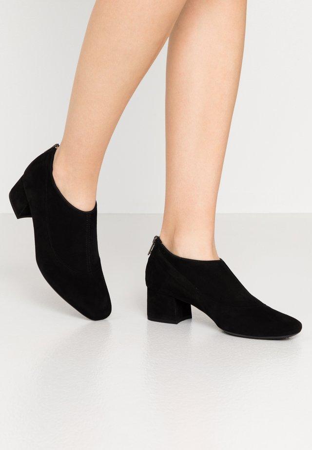 PETRA - Ankle boots - schwarz