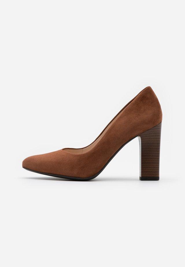 KAROLIN - High heels - cognac