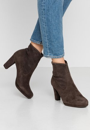 CAMILLA - Ankle Boot - lupo