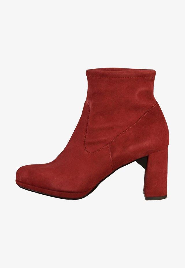 MAYA - Kotníkové boty - red