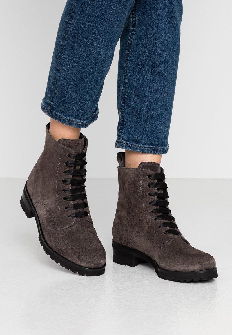 Peter Kaiser - LESATA - Lace-up ankle boots - carbon siga