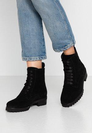 LESATA - Lace-up ankle boots - schwarz siga
