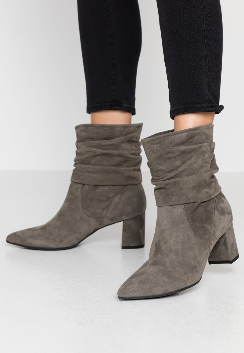 Peter Kaiser - BRIA - Classic ankle boots - cladonia