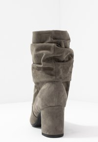 Peter Kaiser - BRIA - Classic ankle boots - cladonia - 5
