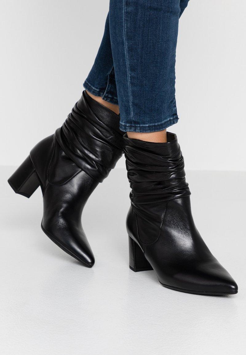 Peter Kaiser - BRIA - Classic ankle boots - schwarz celia