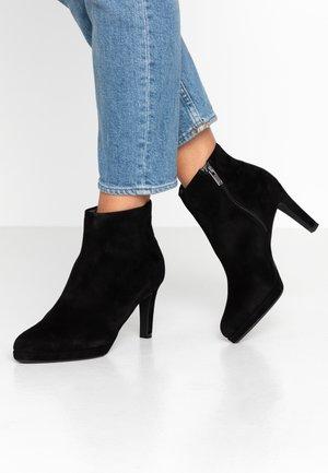 PRISSY - Platform ankle boots - schwarz