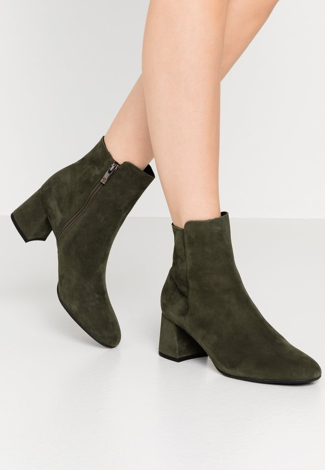 BETTY - Classic ankle boots - pine