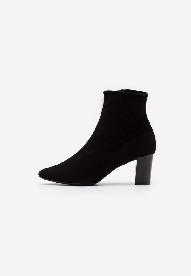 MARGIE - Classic ankle boots - schwarz