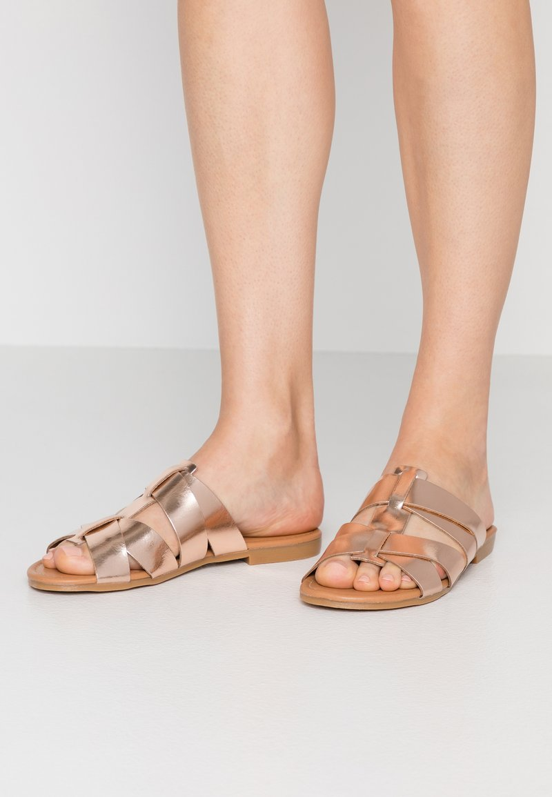 Pieces - PSABELLA - Mules - rose gold