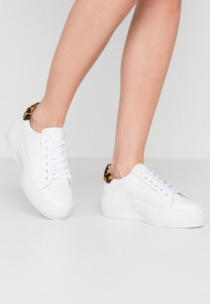 PSANDREA - Trainers - white
