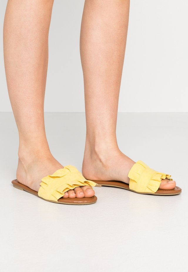 Mules - lemon drop