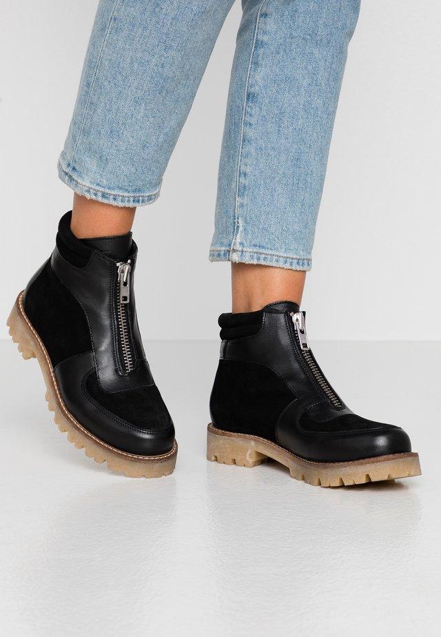PSHERLA  - Korte laarzen - black