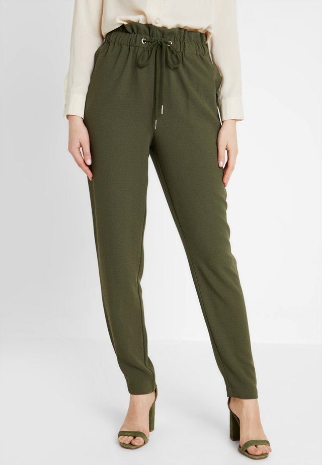 PCLINDA ANKLE PANTS - Trousers - olive night