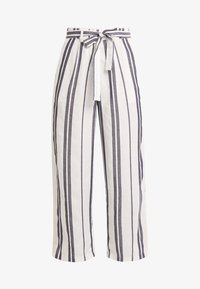 Pieces - PCCELLY CULOTTE PANT - Kalhoty - bright white - 3