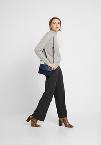 Pieces - Trousers - dark grey melange - 1