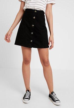 PCEMMELIE BUTTON SKIRT - Denimová sukně - black