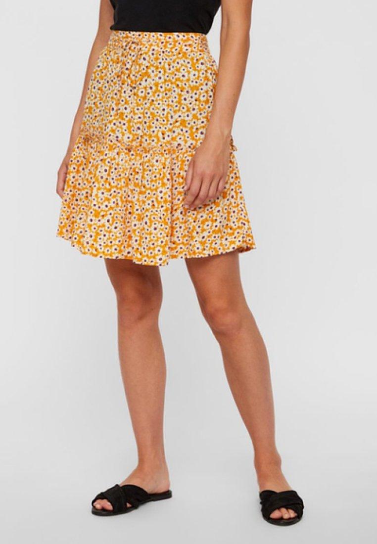 Pieces - A-line skirt - inca gold