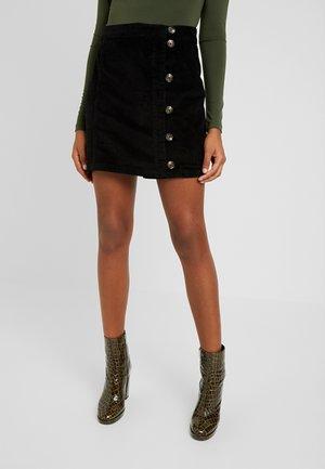 PCCORDY SKIRT BUTTON - Mini skirt - black