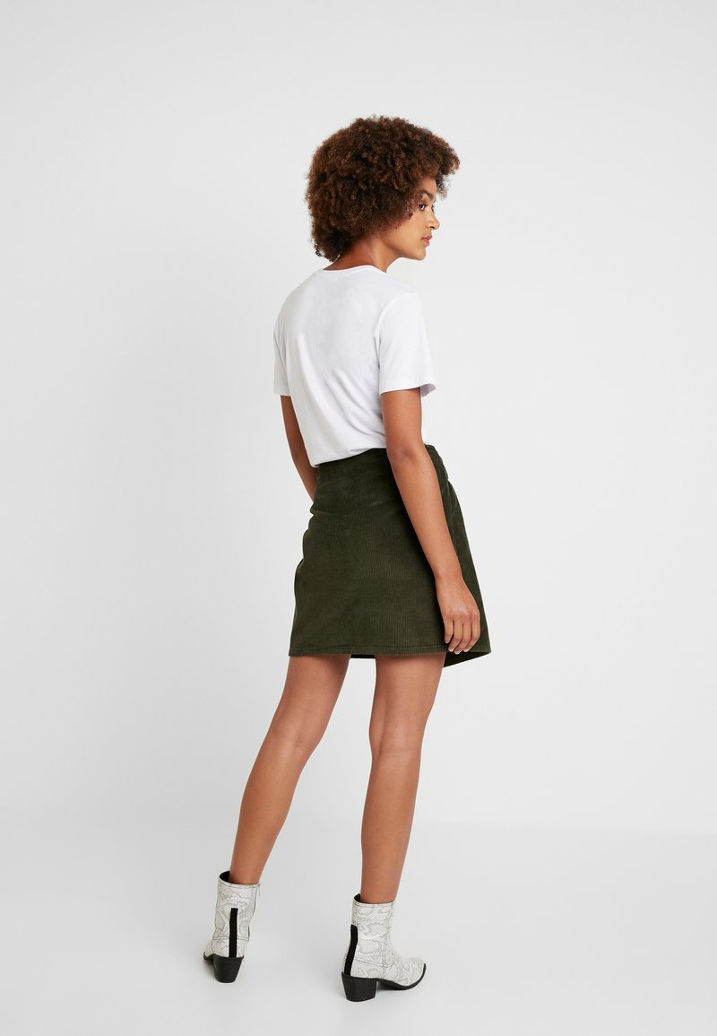 Pieces - PCHALI SKIRT - Mini skirt - forest night