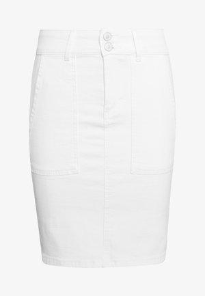 PCAVIA SKIRT BOX CAMP - Jupe crayon - bright white