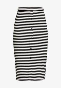 Pieces - PCNOSINA PENCIL SKIRT - Pencil skirt - cloud dancer/black - 4
