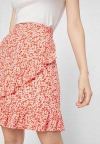 Pieces - Wrap skirt - grenadine - 3