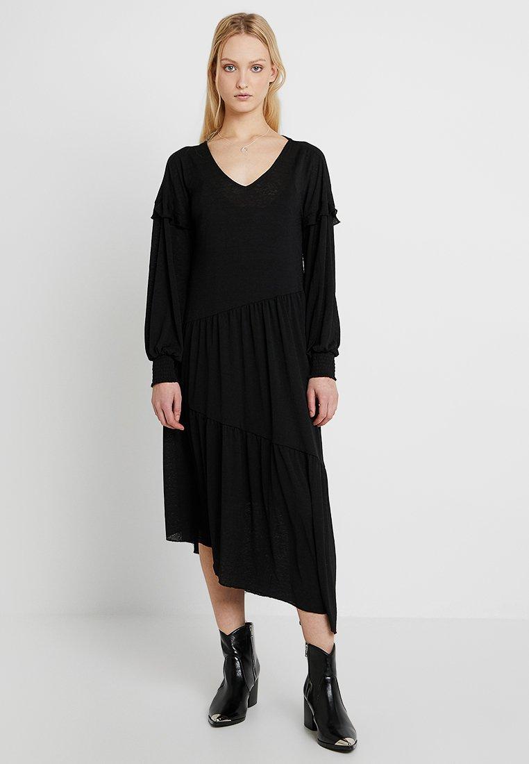 Pieces - PCBESSIE DRESS - Vestido largo - black