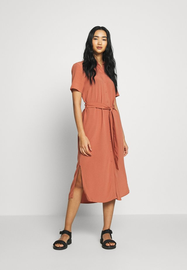 PCCECILIE DRESS - Blousejurk - copper brown