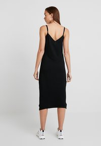 Pieces - PCFREJA SLIP DRESS - Jersey dress - black - 3